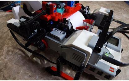 Niño de 12 años que creó una impresora Braille con LEGOs