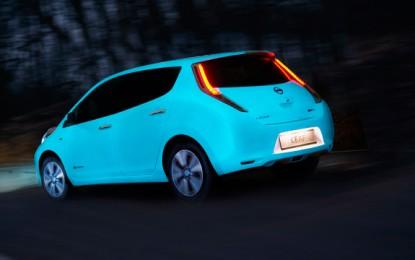 Nissan tiene un coche que brilla en la oscuridad